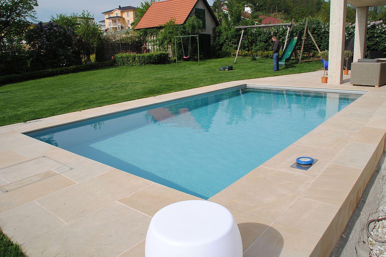 Aqua team humenberger gmbh schwimmbad wassertechnik for Folienverlegung schwimmbad